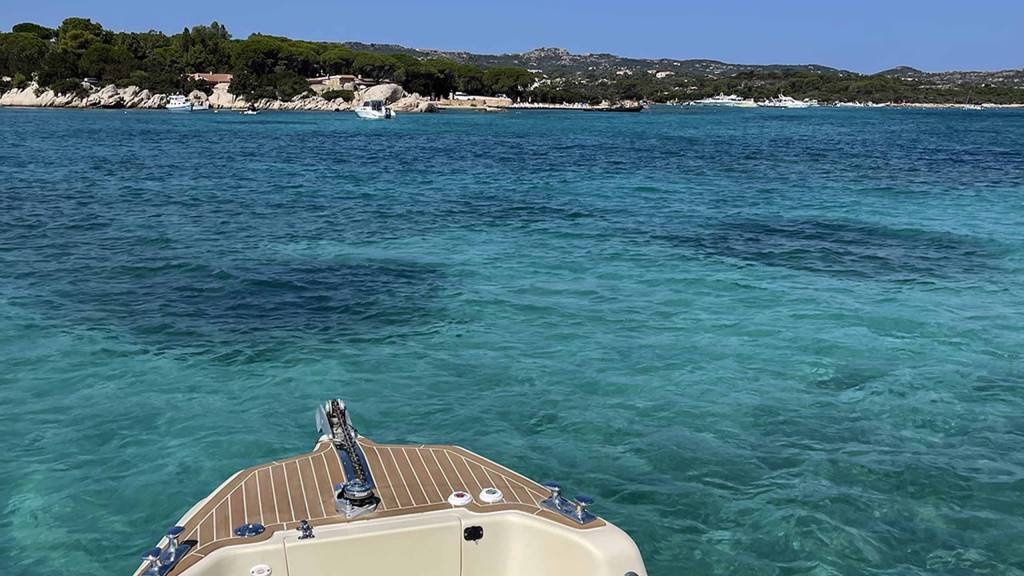 LHB-Sardegna-Holiday-House-appartamento-Tour-Luxury-Boat-2